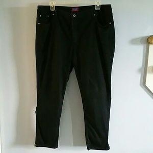 NWOT black zip ankle skinny jeans 20W